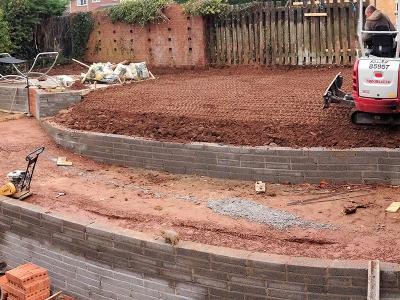 Groundwork, Garden terracing, Garden Steps, Garden Block Work, Garden Steps